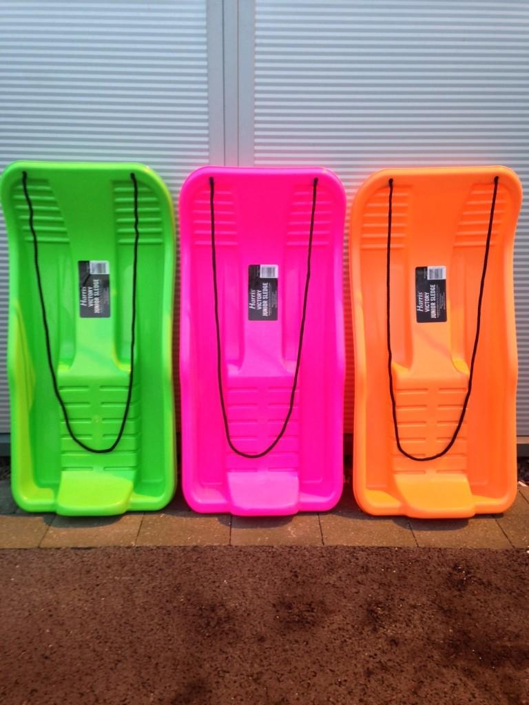 3 sledges g, p, o